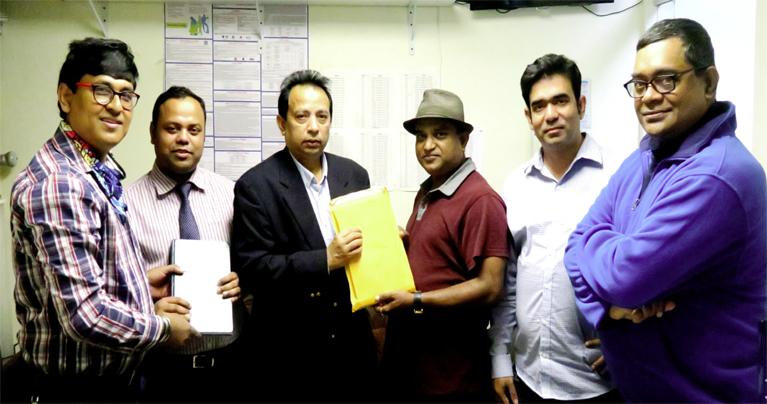 আমেরিকা-বাংলাদেশ প্রেসক্লাবের ইসি কমিটির দায়িত্ব হস্তান্তর