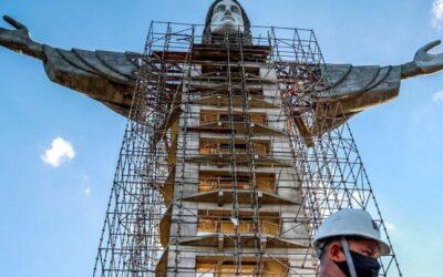 এবার ১৪০ ফুট লম্বা যীশুখ্রিস্টের নতুন মূর্তি ব্রাজিলে