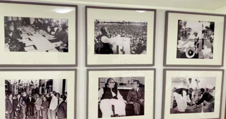 জ্যাকসন হাইটসে বঙ্গবন্ধু'র ১০০ ছবির প্রদর্শনী চলছে
